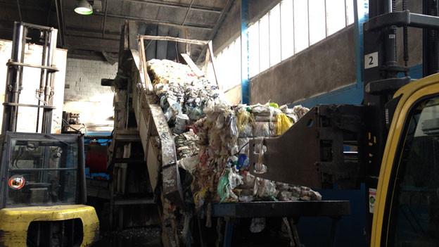 Audio «Keine Endstation für Plastikfolien und Joghurtbecher» abspielen