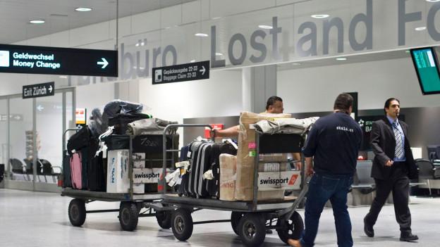 Audio «Gepäckdiebstahl: Swiss stiehlt sich aus der Verantwortung» abspielen