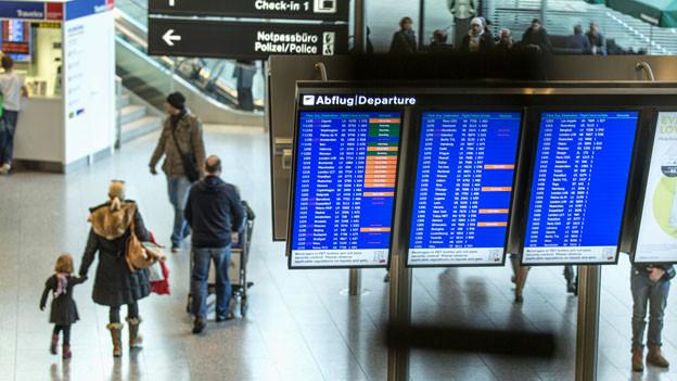Audio «Ärger Flugverschiebung: Kunden haben keine Wahl» abspielen.
