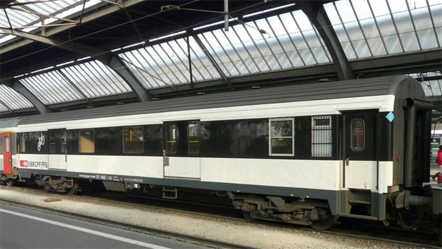 Audio «Absurde Gepäckregelung der Bahn gibt zu reden» abspielen