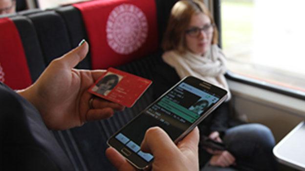 Kritik an SwissPass: Halbtax und GA werden automatisch verlängert