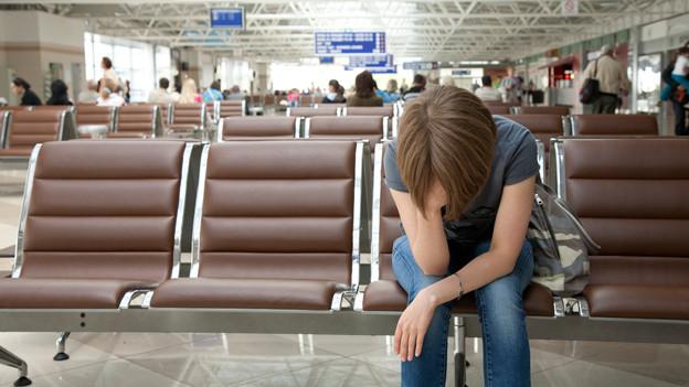 Audio «Mieser Ferienstart am Flughafen: Wo bleibt mein Gepäck?» abspielen.