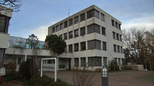 Audio «Fall Spreitenbach: Gemeinde zahlt Altersbatzen zurück» abspielen