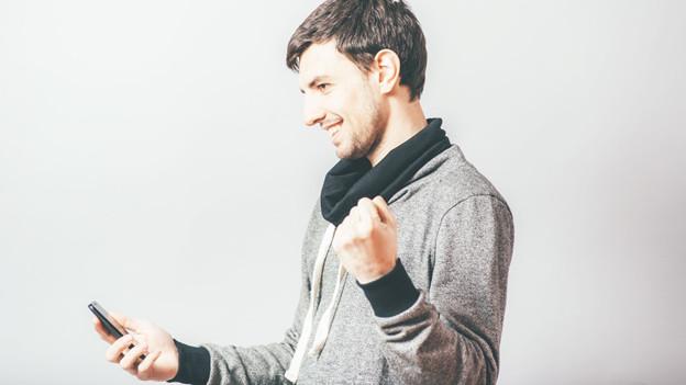 Audio «Ist eine Jobzusage per SMS verbindlich?» abspielen