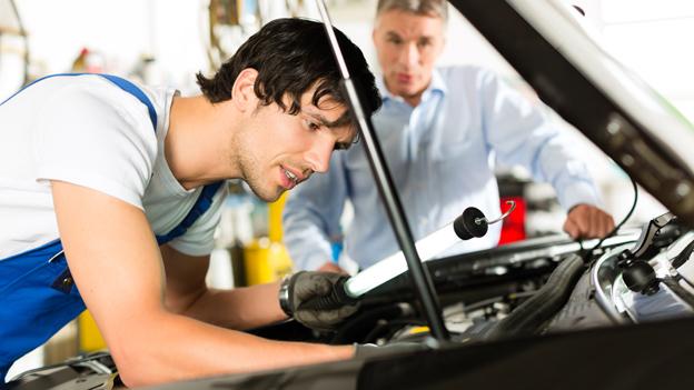 Umwelt Und Verkehr Lampenwechsel Beim Auto Kostet Nerven Und Blut
