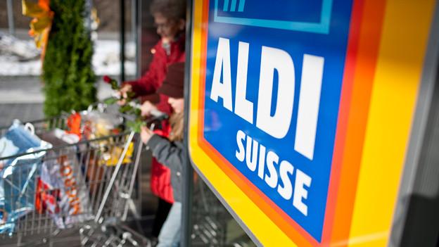 Audio «Zehn Jahre Aldi Suisse: Nur billig oder auch gut?» abspielen