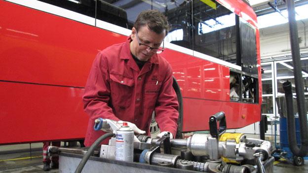 «Als Grufti id Stifti»: Vom Fotografen zum Bus-Mechaniker