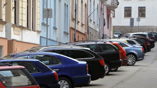 Audio «Zürich toleriert halblegale Vermietung von privaten Parkplätzen» abspielen