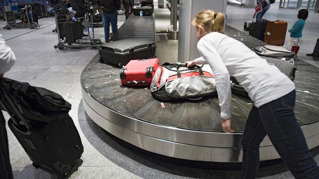 Audio «Koffer kaputt: American Airlines drückt sich monatelang» abspielen.