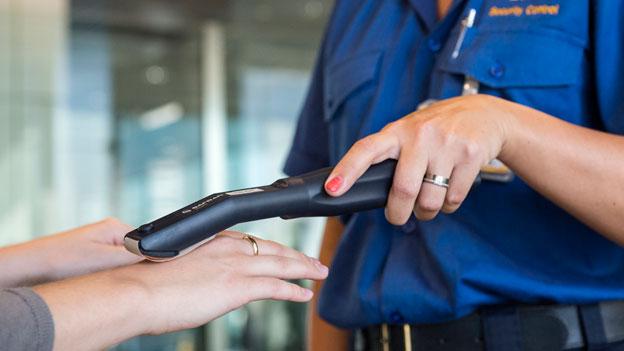 Wenn Handcreme am Flughafen Sprengstoffalarm auslöst
