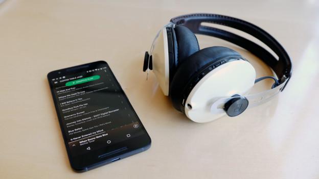 Audio «Kabellose Kopfhörer: mehr Flexibilität und besserer Sound» abspielen.