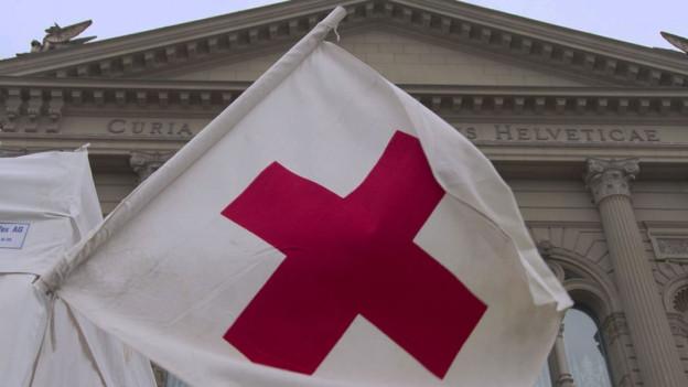 Audio «Viermal denselben Bettelbrief vom Roten Kreuz» abspielen