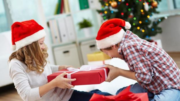 Audio «Rechtsfrage: Wohin mit Geschenken, die nicht passen?» abspielen.