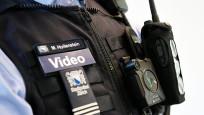Audio «Geht der Respekt vor Polizisten verloren?» abspielen