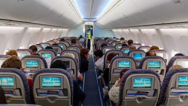 «Espresso Aha!»: Warum es in Flugzeugen oft so kalt ist