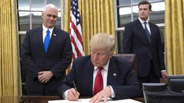 Audio «Die wilde Entschlossenheit des neuen US-Präsidenten Donald Trump» abspielen.