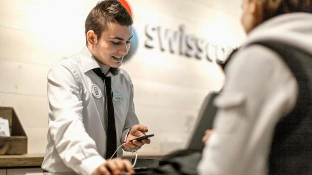 Audio «Schlechte AGB-Beratung in Swisscom-Shops» abspielen