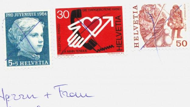 Audio «Ärger für Philatelisten: Post verunstaltet Briefmarken» abspielen