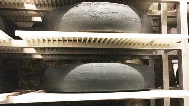 «Espresso Aha!»: Wo 200'000 Käse neun Monate lang reifen