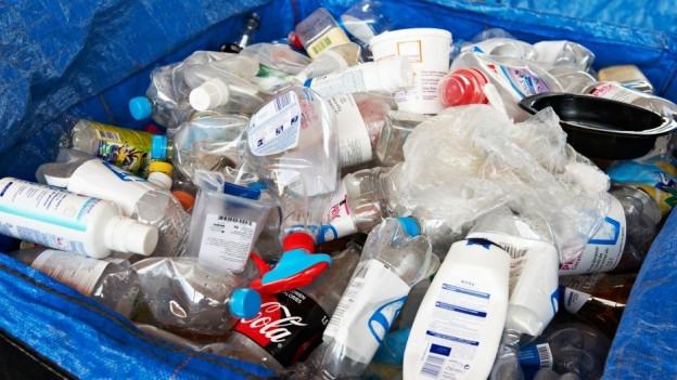 Audio «Immer mehr Fremdkörper verschmutzen das PET-Flaschen-Recycling» abspielen