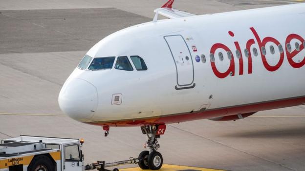 Audio «Weitere Klagen über Umbuchungen bei Air Berlin» abspielen