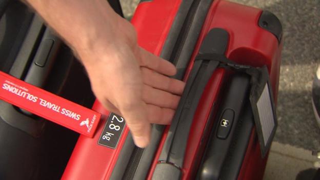 Dürfen wirklich alle Handgepäck-Koffer in die Flugzeugkabine?