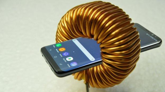 Audio «Vom Kabel befreit: Strom aus der Luft für unsere Smartphones» abspielen