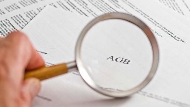 Konsumentenschützer kämpfen gegen unfaire AGB von Airlines