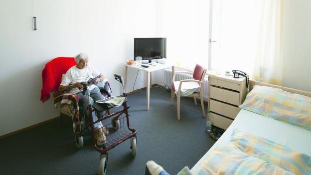 Mittellose Rentnerin von happiger Hotellerie-Rechnung überrumpelt