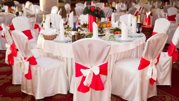 Hochzeits Drama Wirt Bringt Hochzeitspaar Ins Schwitzen
