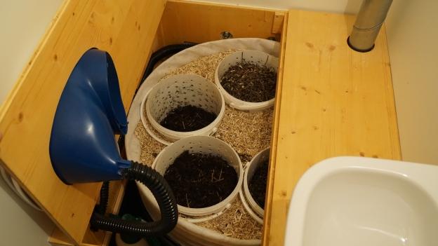 espresso h2ohhh kompost wc uh was ist denn das kassensturz espresso srf. Black Bedroom Furniture Sets. Home Design Ideas