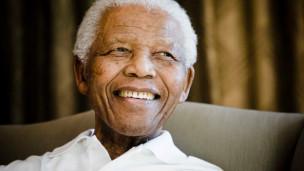 Audio «Vor 100 Jahren wurde Nelson Mandela geboren – wir blicken zurück» abspielen.
