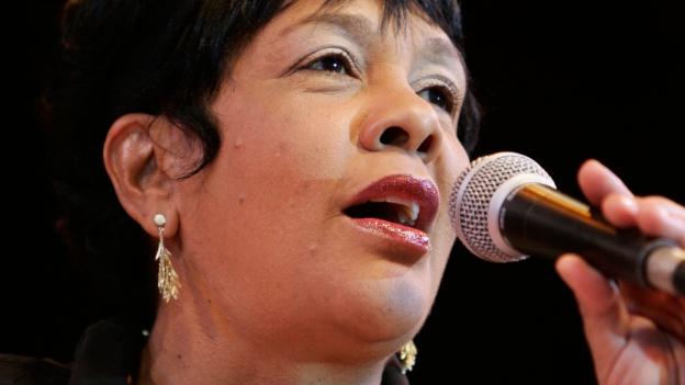 Rosa Passos, mit Simone Santos