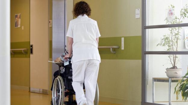 Was machen die Pflegefachpersonen?