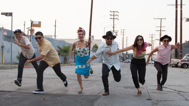 Las Cafeteras und ihr Chicano-Folk