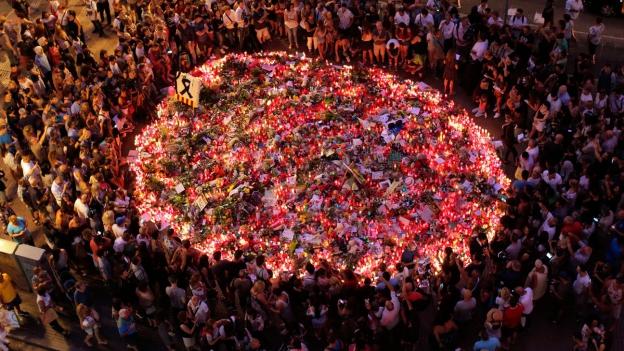 Barcelona ehrt seine Toten