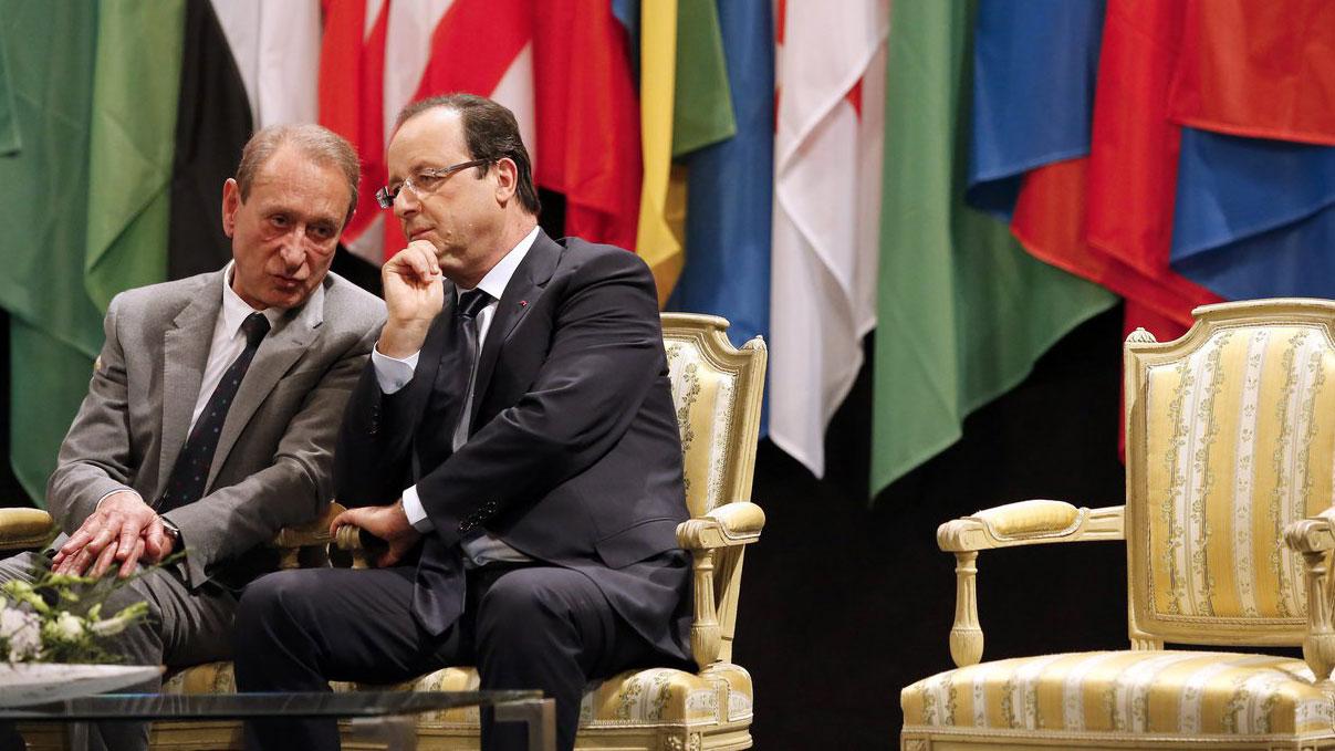 Hollande schlägt Unbeliebtheits-Rekord