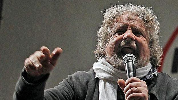 Beppe Grillo, Wirbelwind der Bewegung «Cinque Stelle»