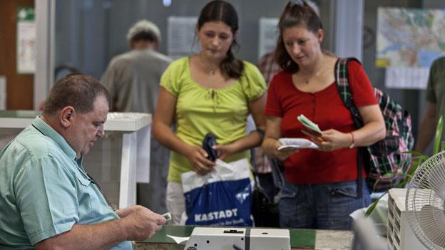 Neun Milliarden für Shopping im Ausland