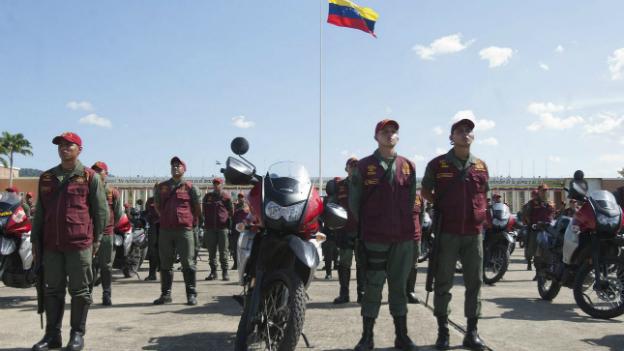 Venezuela: Armee patroulliert auf den Strassen