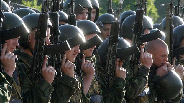 Militärisches Muskelspiel Russlands