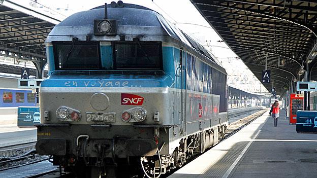 Frankreichs neue Regionalzüge - zu breit geraten