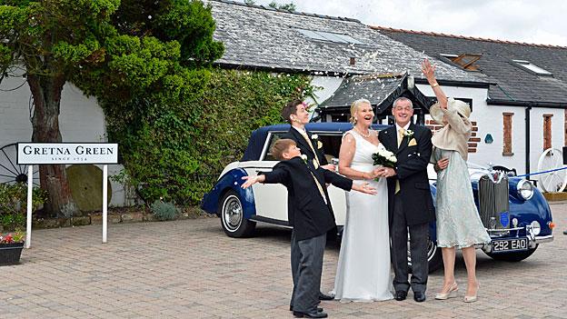 Hochzeit oder Scheidung im schottischen Gretna Green