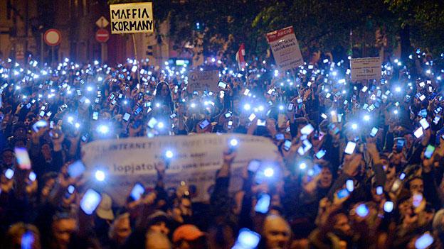 Proteste gegen «Internet-Steuer» in Ungarn