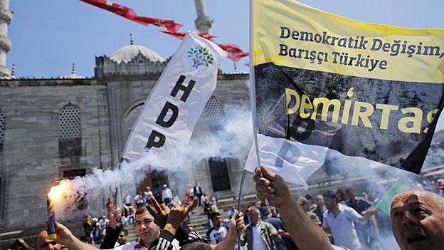 Türkei - Konkurrenz für Erdogans AKP