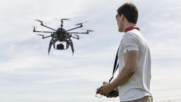 Drohnen über Balkonien
