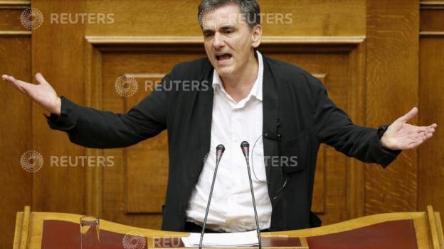 Trotz viel Kritk: Athens Parlament stimmt Hilfspaket zu