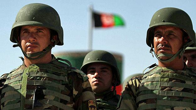 Afghanistans Sicherheitskräfte desertieren reihenweise