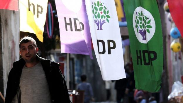 Wahl-Spiel der AKP mit unsicherem Ausgang