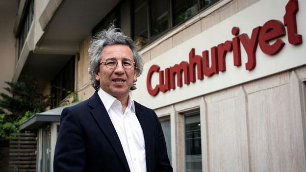 Türkei: Zwei Redaktoren von «Cumhuriyet» in Haft